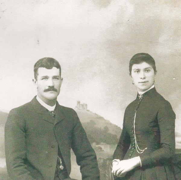 Ángel and Dolores Pascual Albéniz
